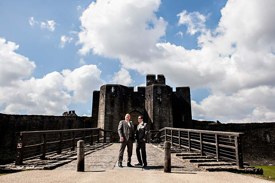 wedding at caerphilly-castle-20